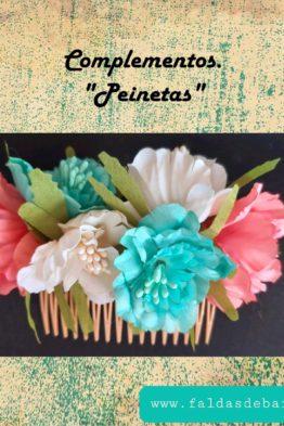 Complementos: flores, peinetas, pendientes...